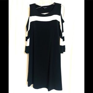 NINA LEONARD DRESS peek a boo shoulder dress 2X